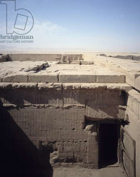 Egyptian Antiquite: view of the roof with reliquary of Osiris and New Year Chapel in the temple dedicated to the goddess Hathor in Denderah, Egypt