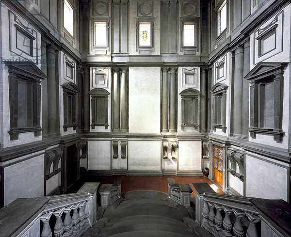 Staircase of the vestibule of the Laurentian library in Florence, 1524-1568. Renaissance architecture designed by Michelangelo Buonarroti called Michel Ange (Michelangelo or Michelangelo, 1475-1564).