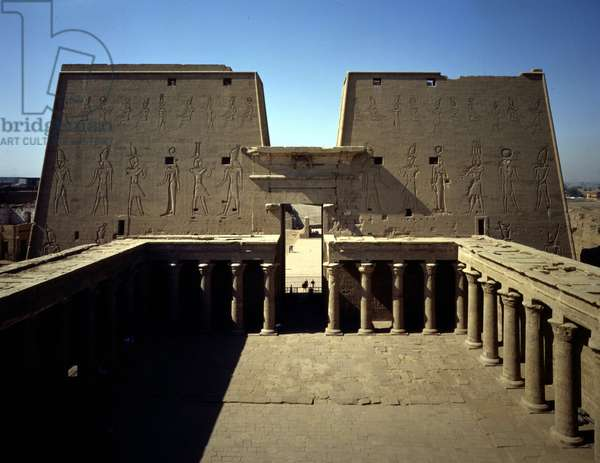 Edfu, Temple of Horus: Court and pylon seen from the roof.