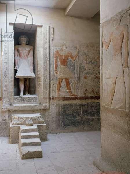 Saqqara (Sakkara), Mastaba of Mereruka: Room of offerings with the statue of Mereruka