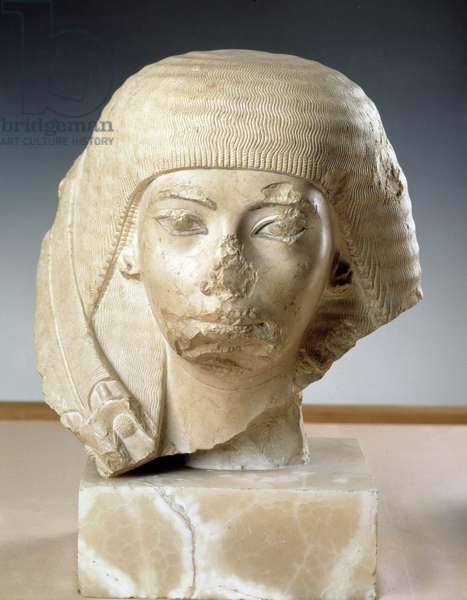 Antiquite Egyptian: marble head of the wife of General Nakhtmin, 18th dynasty, New Empire. unknown provenance. Museum of Egypt, Cairo