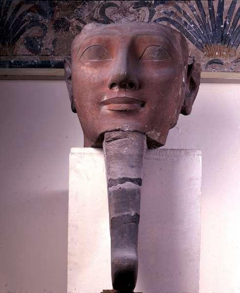 Hatshepsut (Hatshepsut) with the beard, Sandstone, Karnak, Cairo Museum of Egypt