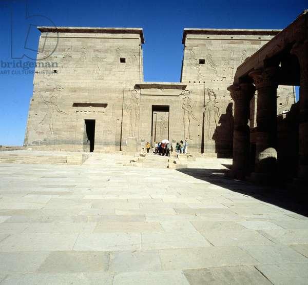 Temple of Isis in Philae: Pylon of Nectanébo.