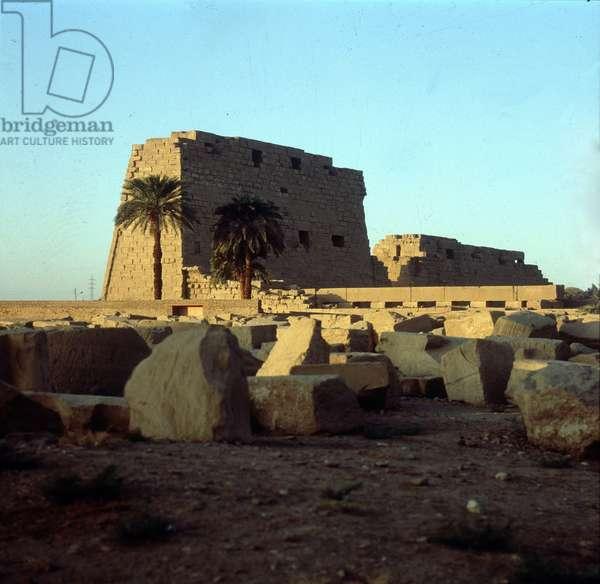 Karnak: Temple of Amon, Tutmôsis III Festival Hall