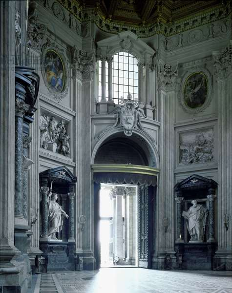 Baroque art: View of the Basilica of St. John of Lateran (San Giovanni in Laterano): interior facade. Architecture by Francesco Borromini (1599-1667), 1647-1650. Rome