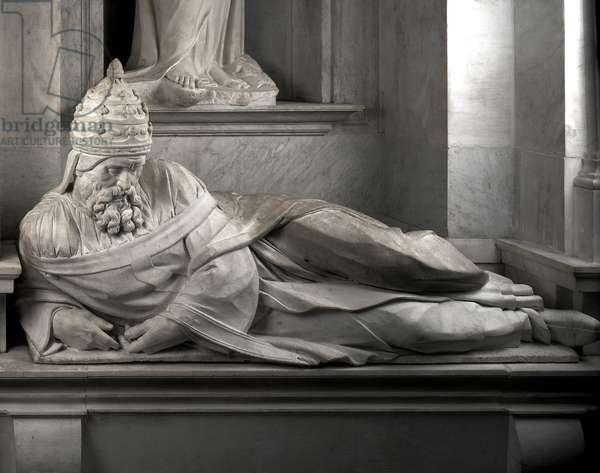 Mausoleum of Jules II, 1513-1545: Pope Jules II (1443-1513). Sculpture of the Renaissance by Michelangelo Buonarroti called Michel Ange (Michelangelo or Michelangelo, 1475-1564). San Pietro in Vincoli, Rome.