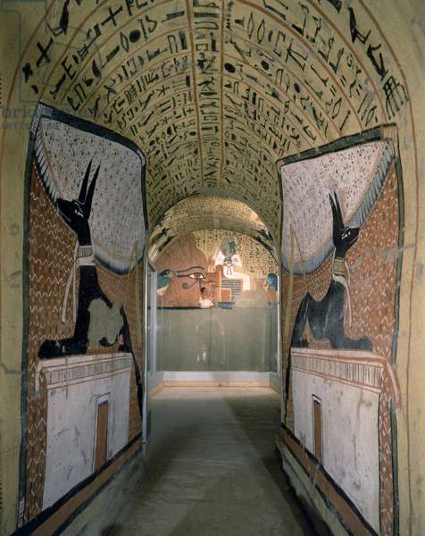 Thebes - Sheikh Abd al-Qurna Tomb of Pa-Schedu (n ¡3) Entrance to the room with paintings by Anubis