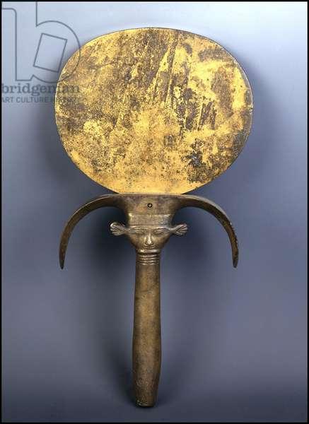 Mirror with hathoric handle, Bronze, Gourna, New Empire - Museum of Egypt, Cairo
