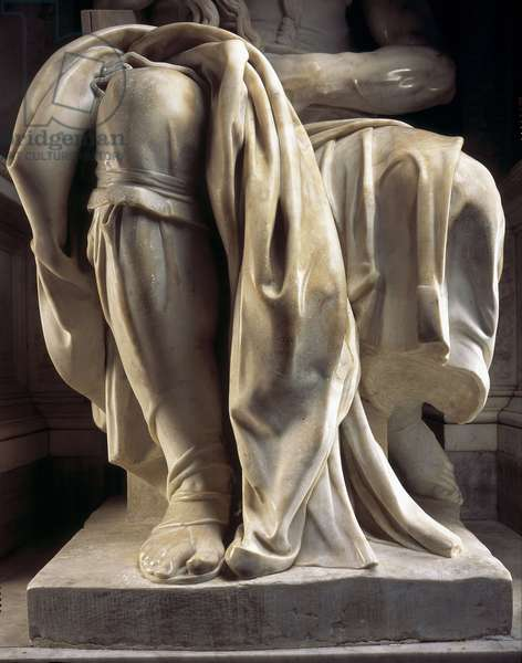 Renaissance art: Leg and drape of Moses, Detail of the Mausolee of Jules II to the Church of San Pietro in Vincoli, Chapel della Rovere in Rome. Sculpture by Michelangelo Buonarroti called Michelangelo (Michelangelo or Michelangelo, 1475 - 1564), 1513-1545