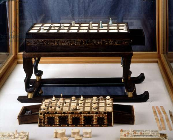 Cairo Museum, Egypt: Tutankhamun Game Table, Thebes.