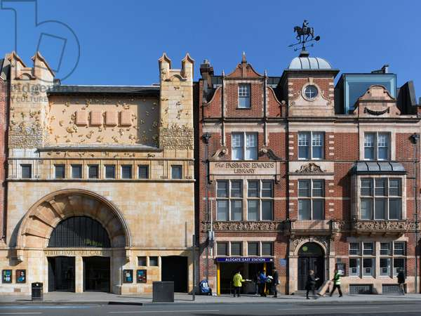 Whitechapel Gallery facade, with the Tree of Life by Rachel Whiteread, Whitechapel, London (photo)