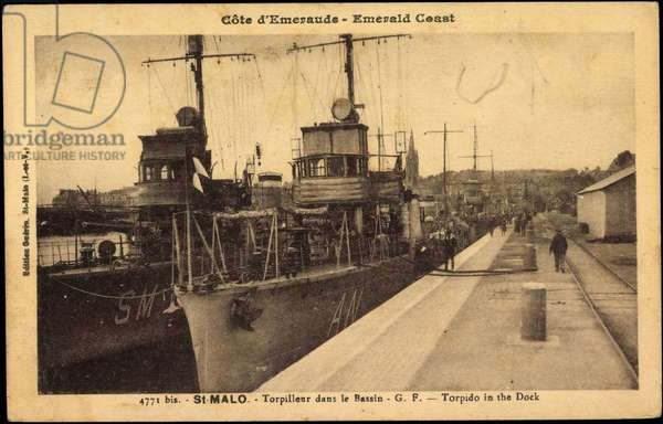 French warships, St Malo, Torpilleur, Bassin