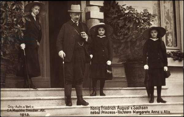 Ak König Frederick August III of Saxony, Margaret, Anna, Alix (b/w photo)