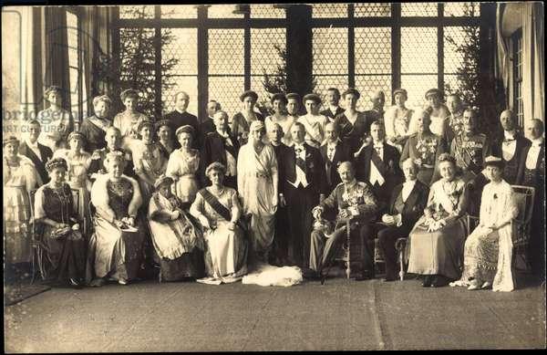 Ak Sophie and Ernst Heinrich von Sachsen, King Friedrich August III, Marie Anna (b/w photo)