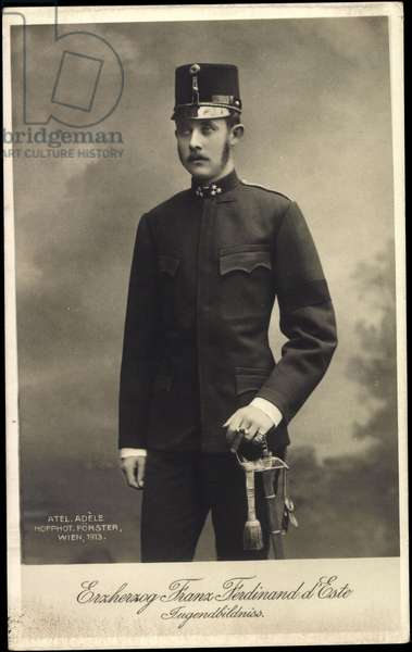 Ak Archduke Franz Ferdinand of Austria Este, youth portrait, uniform, sabre (b/w photo)