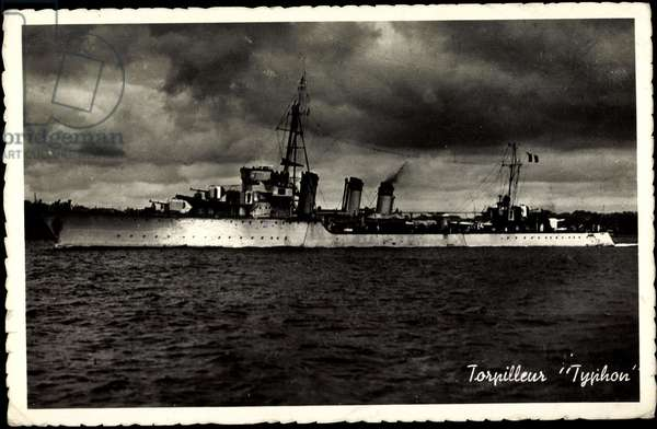 French Warship Typhon, Torpilleurs