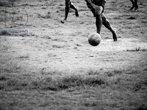 Football player, India, Kerala, 2003, photo balck and white, by Carola Guaineri
