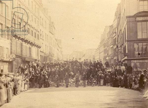 No. 16 - Barricade Rue du Faubourg St. Antoine, Place de la Bastille, 1871 (b/w photo)