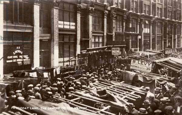 Petticoat Lane - centre of the market, Wentworth Street, London early 1900s
