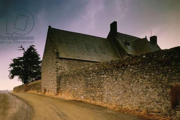 France: Creative Photography, St-Malo, c.1997 (photo)