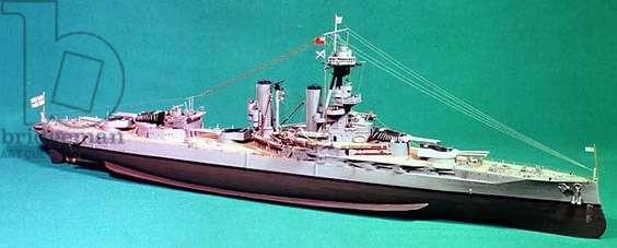 The Iron Duke: Warship built 1914, 26000 tons, 29000 H.P turbome, 4 screw, speed 21 knots, 13.5' inch guns (model)
