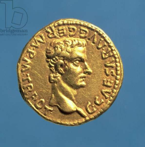 Aureus (obverse) of Caligula (AD 37-41) bareheaded. (gold) Inscription: C CAESAR AVG GERM P M TR POT