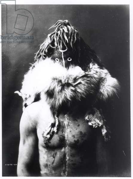 Haschezhini, a Navaho Indian, c.1904-05 (b/w photo)