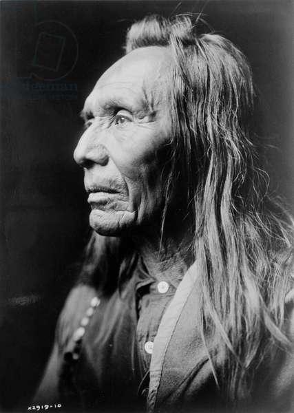 Portrait of Three Eagles, a Nez Perce indian, c.1910 (b/w photo)