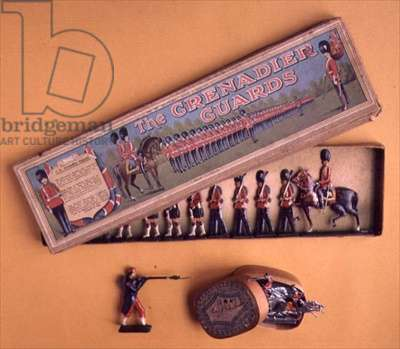 Box of tin soldiers by Brittain, 1890's