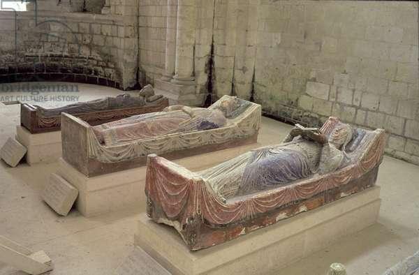 Three Plantagenet Tombs: Henry II, Eleanor of Aquitaine and Richard I (photo)