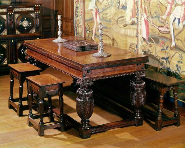Table and chairs, known as the Bromley-by-Bow group, c.1580 (oak)