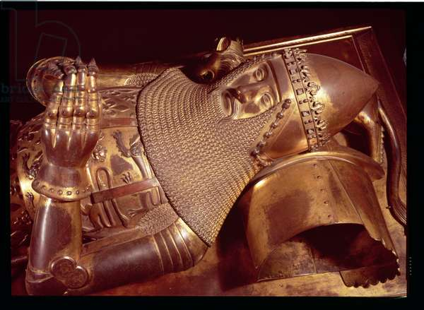 Edward, the Black Prince (1330-76): effigy in Canterbury Cathedral (gilt bronze) (also see 2369)