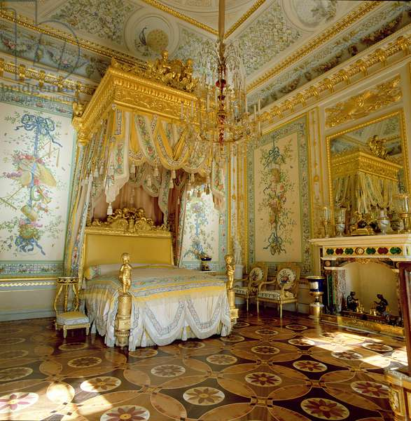 Grand Duchess Maria Feodorovna's State Bedchamber (photo)