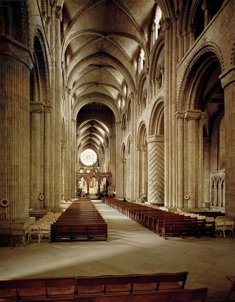 View of the nave, built 1093-1289 (photo)