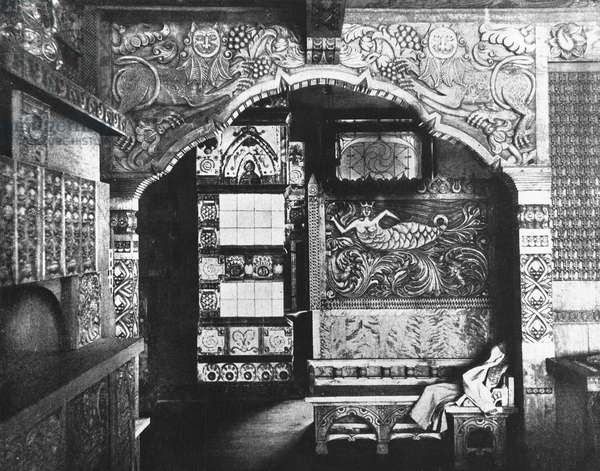 View of the sitting room of the Pertsov House, Moscow, c.1905-07 (b/w photo)