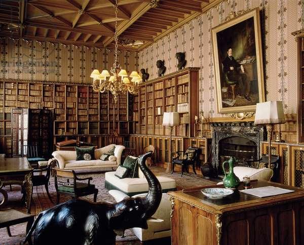 The Main Library (photo)