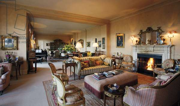 View of the Drawing Room, Belvoir Castle, Leicestershire (photo)