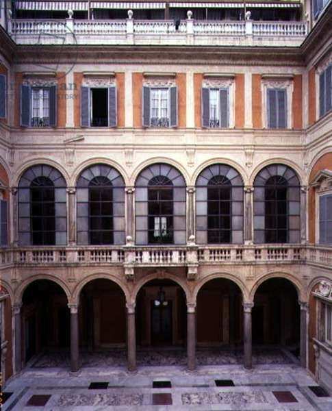 View of the 'Cortile d'Onore' (Courtyard of Honor) designed by Giuliano da Sangallo (c.1443-1516) 1513 (photo)
