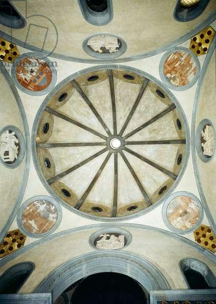 The dome of the Sagrestia Vecchia or Old Sacristy, Basilica of San Lorenzo, Florence, c.1421-1426 (photo)