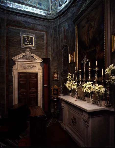 Interior view of the family chapel, designed by Antonio da Sangallo the Younger (1483-1546) and Nanni di Baccio Bigio (d.1568) with frescos by Pietro da Cortona (1596-1669) c.1608 (photo)