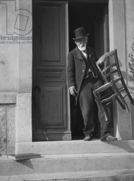 Paul Cezanne in Aix-en-Provence, 1906 (b/w photo)