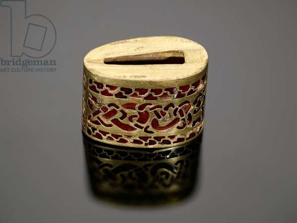 168 [K449] Hilt Collar, from the lower grip of a seax (gold & garnet)