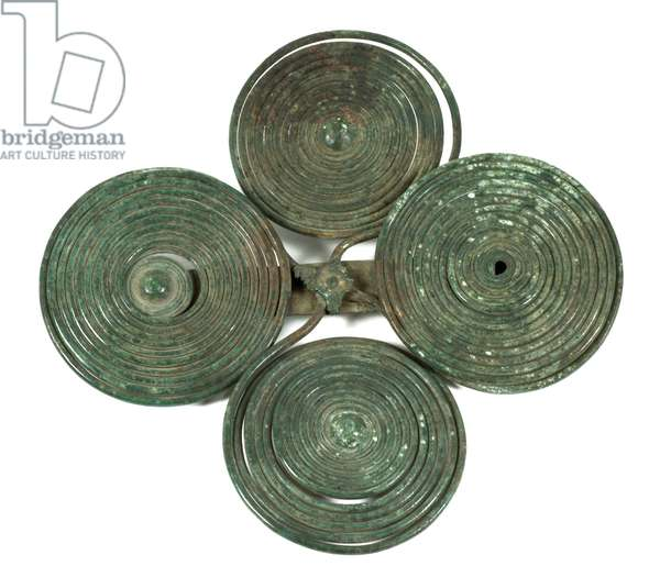Double spectacle brooch, Late Bronze Age, found in Italy, 800-600 BC (bronze)