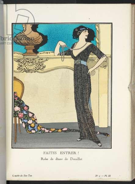 """""""Faites Entrer! - Robe de dîner de DÅ""""uillet."""" Robe de dîner de DÅ""""uillet en satin rose chair entièrement recouverte d'un fourreau de petites perles de jais. La ceinture bleu porcelaine se termine par un motif de diamants."""