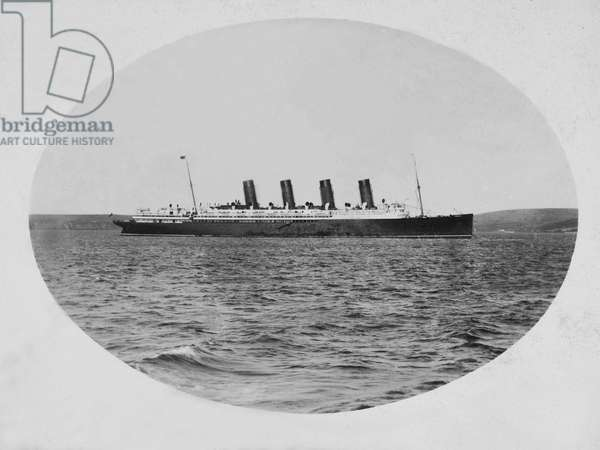 Mauretania anchored off Roche's Point (b/w photo)
