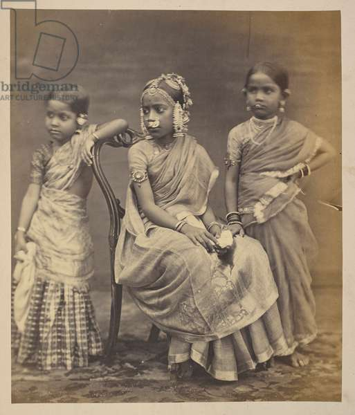 Group of children from Madras, showing mode of wearing jewellery, c.1870 (sepia photo)