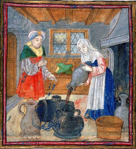 Homme regardant une femme versant du vin dans une jarre, miniature. In