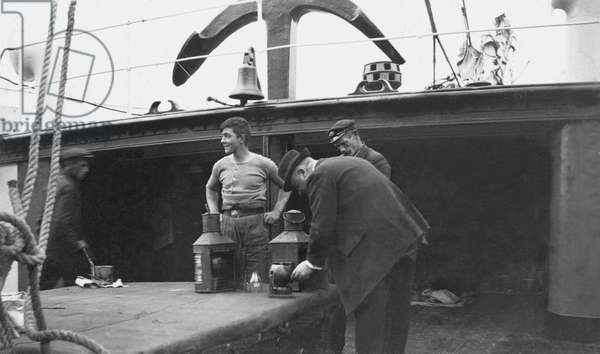 The signal lamps being inspected, port of Cork (b/w photo)