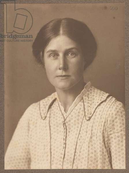 Harriet Weaver, October 1916 (sepia photo)