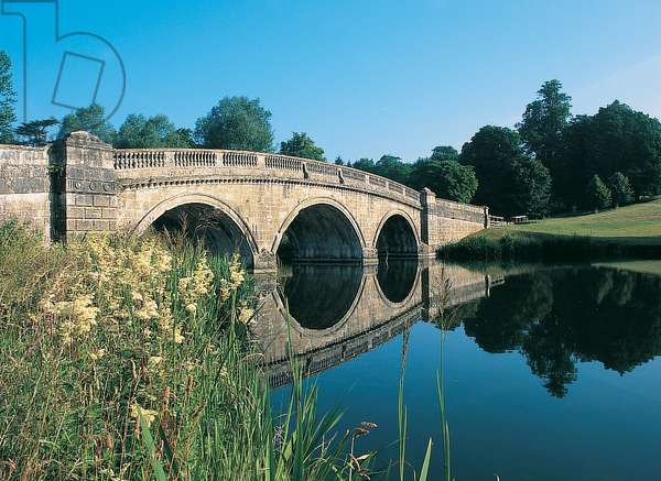 Chambers' New Bridge, Blenheim Palace (photo)
